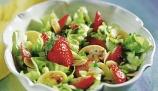 salada_primavera_morangos
